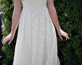 1960s Vintage Bianchi Lace Wedding Gown Sz S