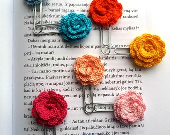 Crochet book planner, crochet paper clips, crochet flowers on paper clips, marking clips, crochet rose paper clips, pages markers flowers