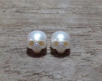 10mm Natural Pearl Hand Carved Skulls Bead Stone charm beads Semiprecious Gemstone Skull carving white pink momento mori