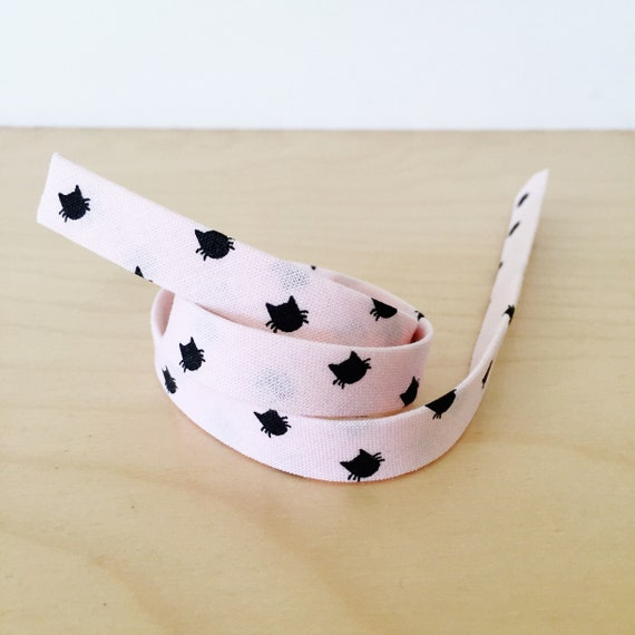 "Bias tape in Black Cats on Light Pink Cotton- 1/2"" Double-fold binding- Riley Blake Meow collection- 3 yard roll"