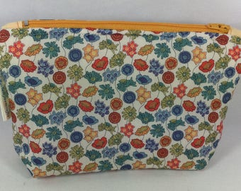 Liberty Makeup bag, small wash bag, liberty zipped makeup pouch, zipped wash bag, pencil case, wipe clean pouch, Liberty cosmetics bag ,