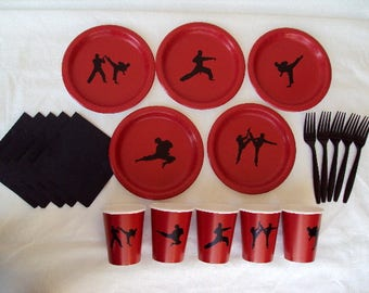 Martial Arts Party Tableware Set for 5 People - Boys or Girls