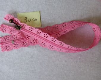 Zipper lace pink 30 cm