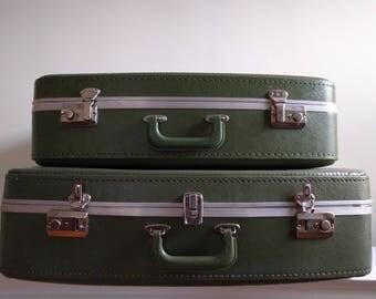 Vintage 2 Piece Green Luggage Set.