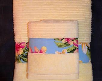 Yellow Plumeria  Bath Towel Set