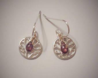 Sale Sterling silver branch motif earrings with garnet