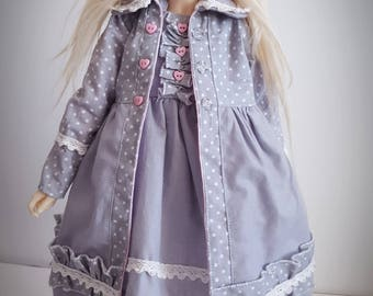 Set for Minifee. Coat sewn wit lining + dress+ beret + tights. Moe-line body