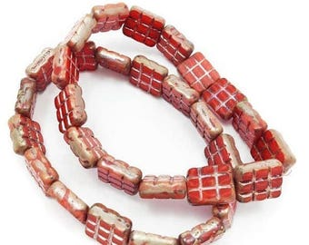 SALE 15% OFF 15 glass rectangles, red, 15 piece, 15mm, Czech glass beads, pearls, lines, glass beads, beads, Czech beads ripped,