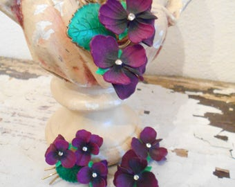 Beautiful 4 Piece Pansy Set Necklace/Pin/Earrings