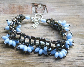 blue sky and oil woven beaded bracelet