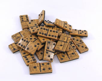 Game of dominoes - Domino city