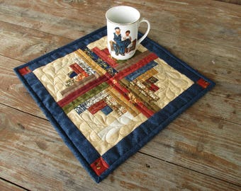 Country Home Decor, Traditional Log Cabin Mini Quilt, Quilted Table Topper, Rustic Decorator Quilt, Gift for Mom, Basket Liner, Housewarming
