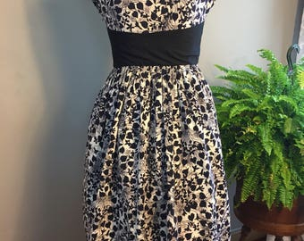 Late 50s/Early 60's Novelty Print Dress