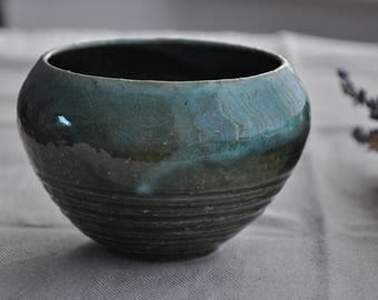 New Green and White Serving Bowl