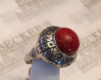 Vintage sterling silver tall etched dome ring, Red Treated Jasper Cabochon and 12 Clear Stones, size 6.25