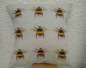 Bumblebee cushion