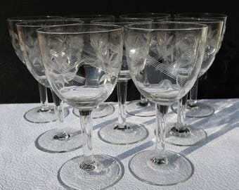 Set of 9 x CRYSTAL WINE  GLASSES - French vintage - French Decor - Weddings Birthdays Anniversaries - Huit verres à vin