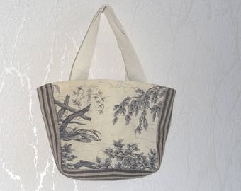 Tote bag for girl shopping