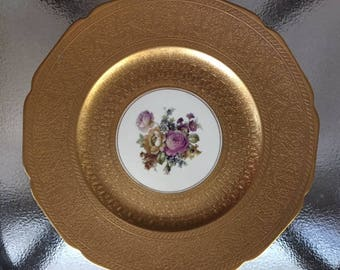 """Gorgeous 22k gold rimmed 11"""" plate"""