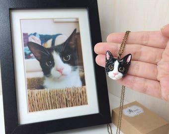 Custom cat portraits necklaces, Cat portrait necklaces, Portrait of your cat, personalized cat, clay cat, cat sculpture, cat memorial