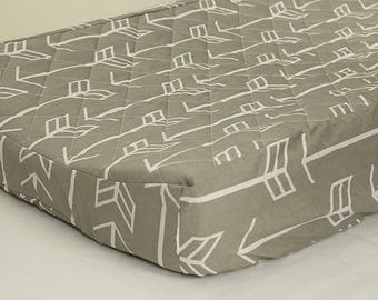 White Arrows on Gray Quilted Changing Pad Cover
