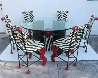 Thor Memphis Style Pop Art Dining Set .