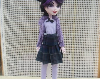 21 outfit for doll type monster or ever after