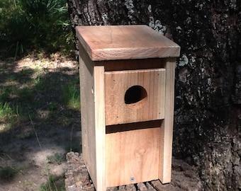 Bluebird Bird House Cedar Wood Nest Box Hand Made Predator Guard New Easy Open