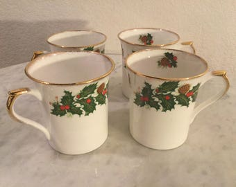 "Vintage Rosina Fine Bone China ""Yuletide"" Set Of Four (4) Mugs. Holly, Berries, Pine Cones, Gold Trim. Made In England. Discontinued."
