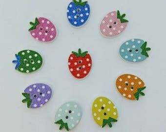 Assorted Wooden Strawberry Buttons x10