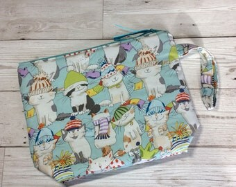 Small zipped project bag - Cats in Hats