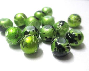 10 pearls green shiny, and speckled 8mm