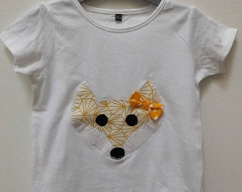 White tee shirt girl Fox size 24 months
