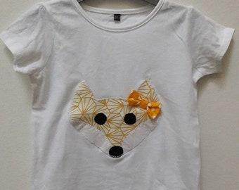 White tee shirt girl Fox size 24 months