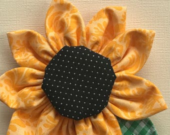 Sunflower fabric brooch, sunflower pin, handmade