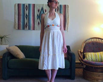 70s Embroidered Dress/Size Medium
