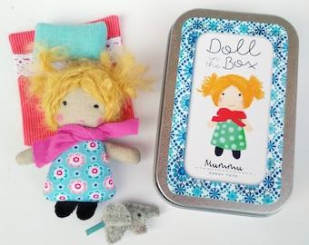Super Mini Ragdoll (2.7 in) in the Box - Blue-Pink / Annamari, Owner of Mummutown / Soft Toy / Stuffed Doll / Matchbox Doll