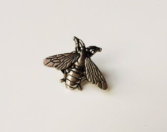 Bee | Wasp | Queen Bee | Metal | Unusual | Cute | Pin | Badge | Retro | Hipster | Upcycle | Accessory | Modify