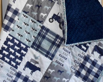 SHIPS TOMORROW - farm life quilt, toddler quilt, cow, horse, pig, tractor