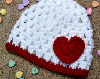 Valentine Cluster Hat w/ White Heart - multiple sizes availble - Newborn-Toddler