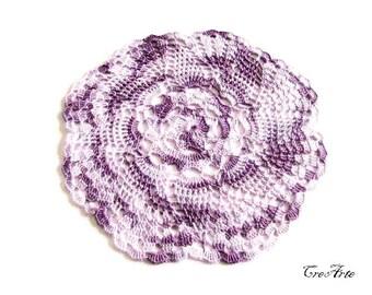 Small Shades of Purple crochet doily, centrino piccolo lilla sfumato all'uncinetto