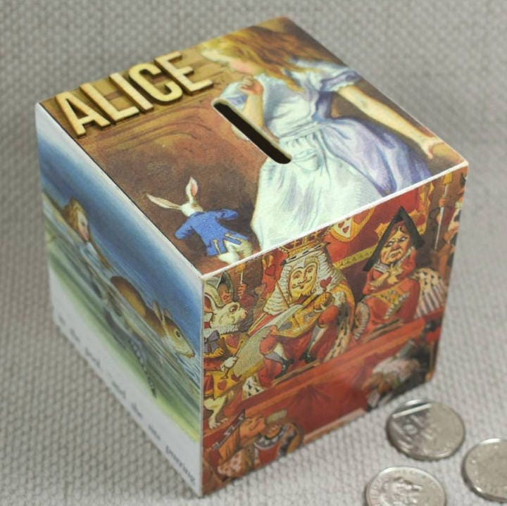 Alice in wonderland movie cake-5097