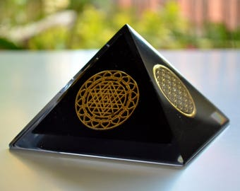 "Protective Orgone Pyramid 4"", EMF protection, Flower of Life, Sri Yantra, reiki, wealth, money"