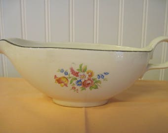 Homer Laughlin Gravy Boat-Rhythm - Item #1304