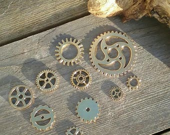 set of 10 gears charms pendants gold steampunk