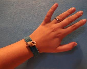 Handmade bracelet lightblue with real seashell