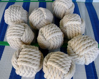 """3,8"""" diameter Big Size.Set of 20. Monkey Fist. Wedding table number holders -White Cotton - Nautical  Knots-"""