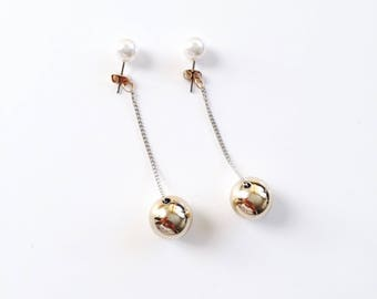 Pearl dangle sphere earrings