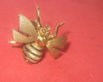 k-11 Beautiful Vintage pin brooch