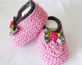 baby booties in wool - pink bow shoes grey dot (free shipping to France Metropolitan